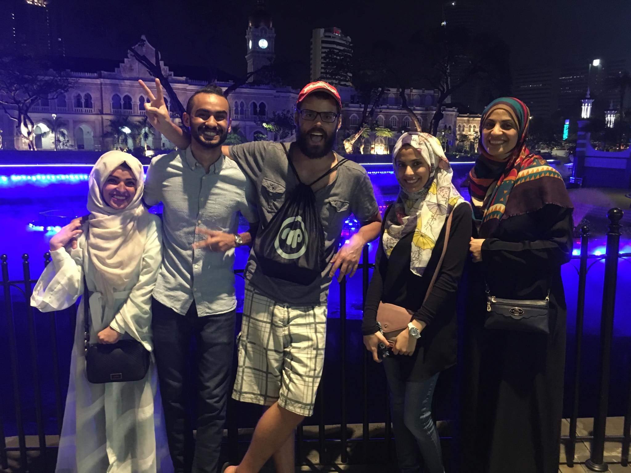 Bon moment aux jets d'eau à Kuala Lumpur