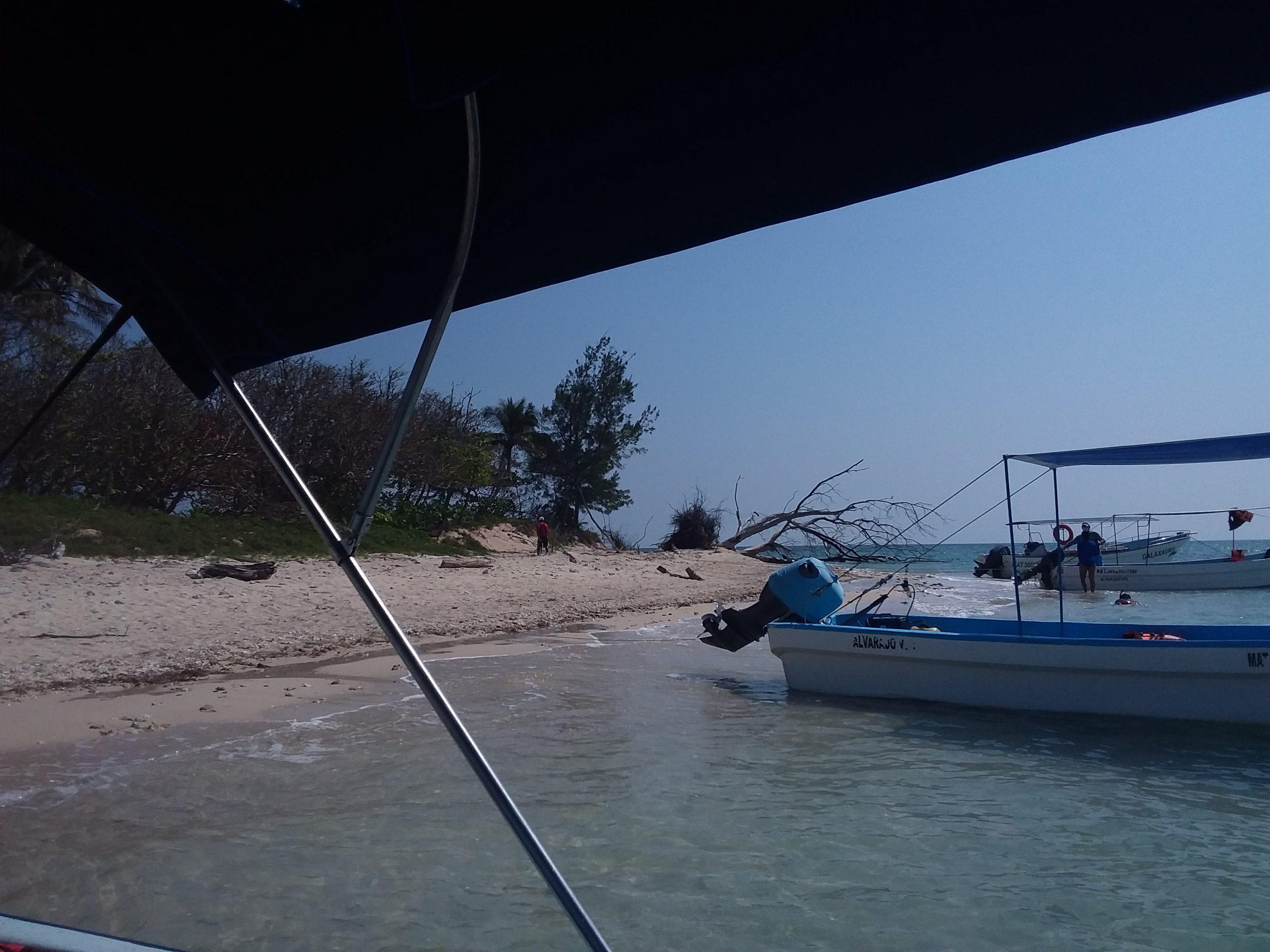 Isla enmedio